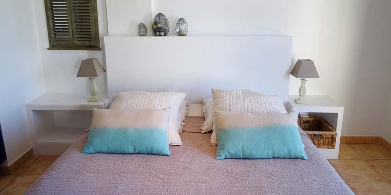 Chambre d 39 h tes montmirail chambres d 39 hotes en provence - Chambres d hotes les baux de provence ...