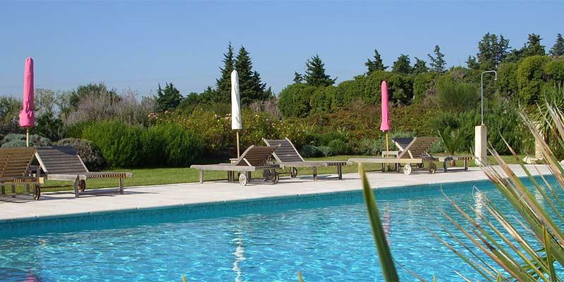 Domaine et piscine b b les flaurs d 39 hilaire en provence for Ozonateur piscine